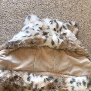 e0551e06a4 Pottery Barn Kids Other - Pottery Barn Teen faux fur sleeping bag